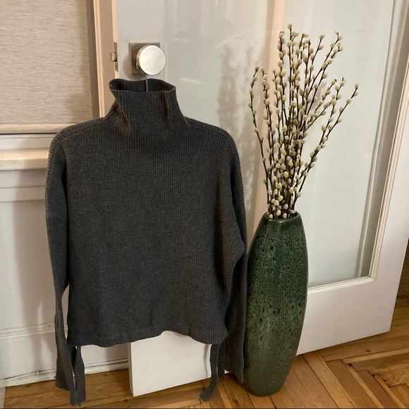 BCBG Maxazria Turtle Neck Knit Sweater Side Tie M